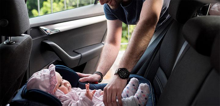 sillita de bebe para coche